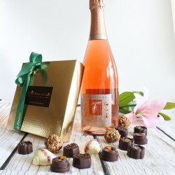 Personalised Luxury Organic Chocolate & Pink Champagne Gift Box (Soya & Gluten Free)