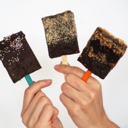 Vegan Brownie Pops