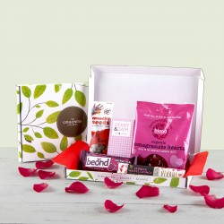 Mini Love Chocolate & Snack Gift Box