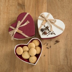 Heart Shaped Cocoa Vanilla Shortbread Gift Box