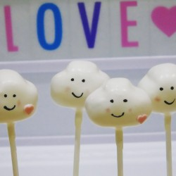 Love's Young Dream Cake Pops