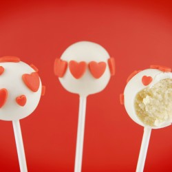 Valentine's Cake Pops with Hearts (Set of 10)