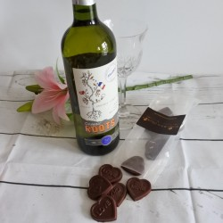 Vegan Organic Chocolate Love Hearts & White Wine Gift Box (Soya & Gluten Free)