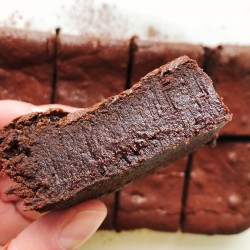 Madagascan Chocolate Brownies – Serves 10 (Gluten Free)