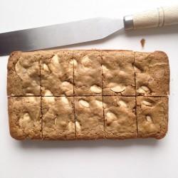 Gourmet Blondie – Serves 10 (Gluten Free)