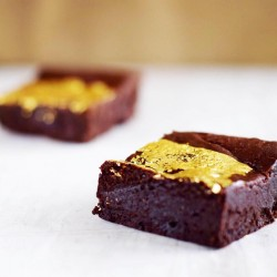 23ct Gold  Brownie – Serves 10 (Gluten Free)