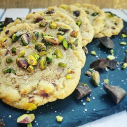 Pistachio, Dark Chocolate and Smoked Sea Salt Cookies Box