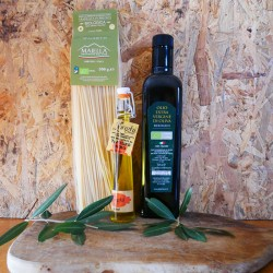Italian Artisan Gourmet Food Box: Pasta, Truffle Oil and Extra Virgin Olive Oil