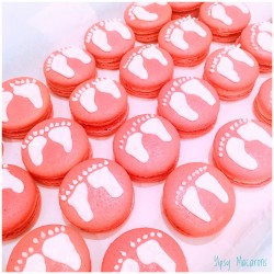 Baby Shower Macaron Favours