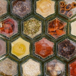 10 Hexagonal Magnetic Spice Jars with Spices