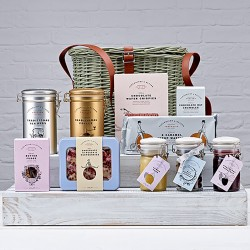 The Ingleborough Hamper - Sweet Snacks & more Gift Set