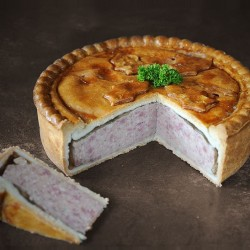 Traditional Cutting Pork Pie