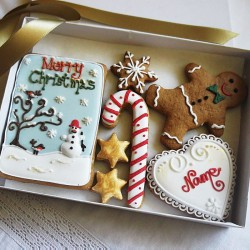 Personalised Merry Christmas Gingerbread Cookie Gift Box