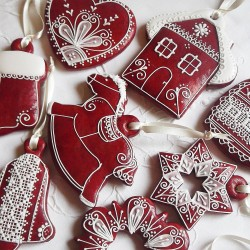 Red Gingerbread Hanging Decorations Mix & Match