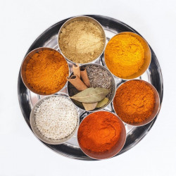 Spice Kitchen Moroccan Spice Tin with 10 Spices
