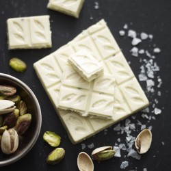3 Bars of White Chocolate with  Pistachio Nut & Sea Salt 28%