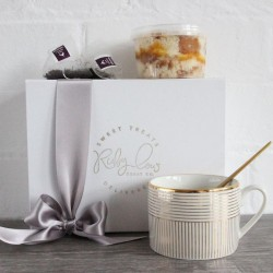 Tea and Cake Gift Box