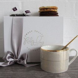 Tea and Cookies Gift Box
