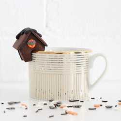 Mini Halloween Biscuit House (Mug Hanger)
