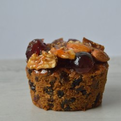 Individual Christmas Cakes (Vegan options)