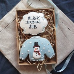 Personalised Snowman Christmas Jumper Biscuit Gift Box