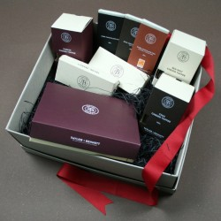 T+B Platinum Confectionery Hamper