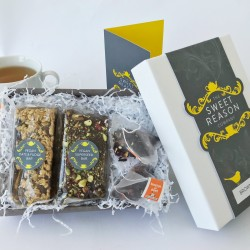 Raw Vegan Afternoon Tea Box