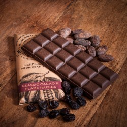 Classic Cacao Vegan Chocolate Bars with Oat Milk and Raisins (3 Pack)