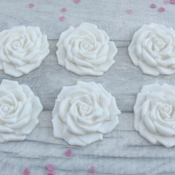 Sugarpaste rose cupcake toppers