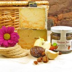 Cornish Smuggler Cheese Box with tasting notes