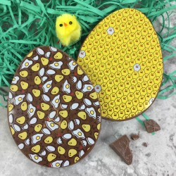 Milk Chocolate Easter Eggs with Easter Chicks