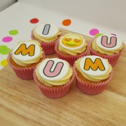 6 Mother's Day I Love u Mum Cupcakes Gift Box