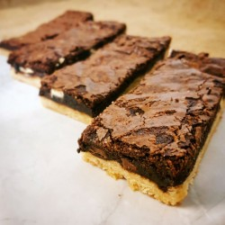 The Brookie (Brownie & Cookie combo)