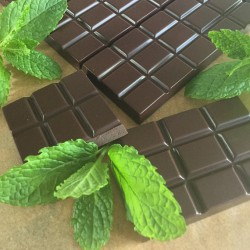 Raw Chocolate Bars with Mint