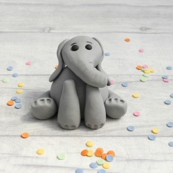 Edible fondant elephant cake topper