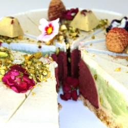 Organic Raw Cake California Love