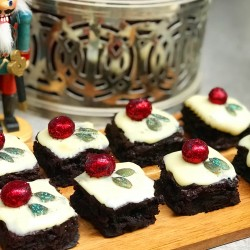 Christmas Pudding Brownie Box Classic