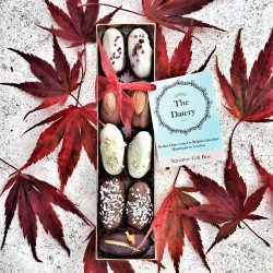 Chocolate Date Small Gift Box