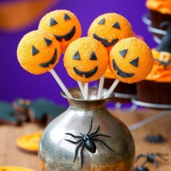 Halloween Pumpkin Cake Pops (10)