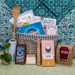 Plastic free and eco-friendly hamper