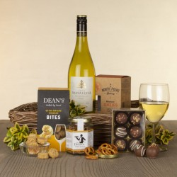 Tray of Delights Hamper