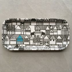Hillside illustrated tray
