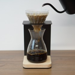 Black Pour Over Coffee Stand & Dripper