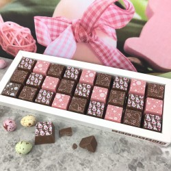 Mosaic Easter Chocolates in Milk Chocolate with Rabbits and Hearts
