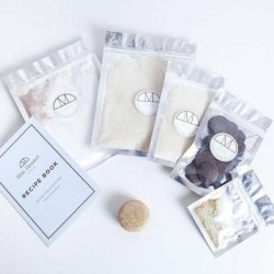 Chocolat Noir & Gold Dust Mini Kit Vegan, Makes 24 Macarons