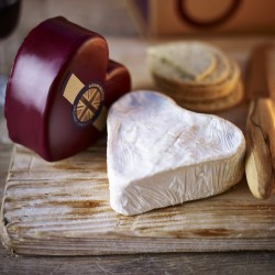 Heart to Heart Cheese Set