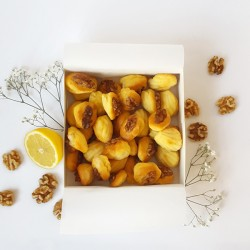 Mini Madeleines - Goat cheese, Walnut & Lemon