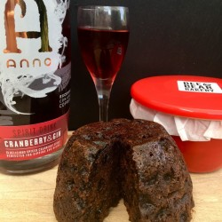 Cranberry Gin Christmas Pudding - Large