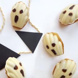 Halloween White Ghost - Vanilla & White Choc Mini Madeleines (Box of 30)