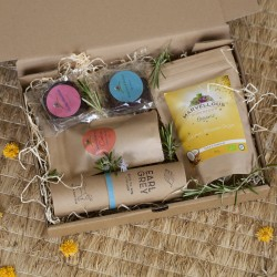 Luxury Tea, Biscuits and brownie Hamper (Gluten Free, Vegan)